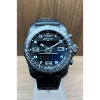 PRE-OWNED Breitling Cockpit B50 Svart & Titan VB5010 SuperQuartz