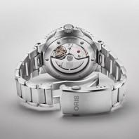 Oris - Aquis Date Calibre 400 Green Dial & Steel Bracelet 01 400 7769 4157-07 8 22 09PEB