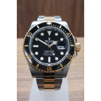 PRE-OWNED Rolex Submariner Date 40mm Black Dial Steel/Gold 116613LN