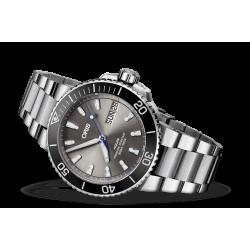 Oris Aquis Hammerhead Limited Edition of 2000 watches 75277334183SetMB