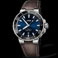 Oris Aquis Date 43.5 mm Blå & Läderband