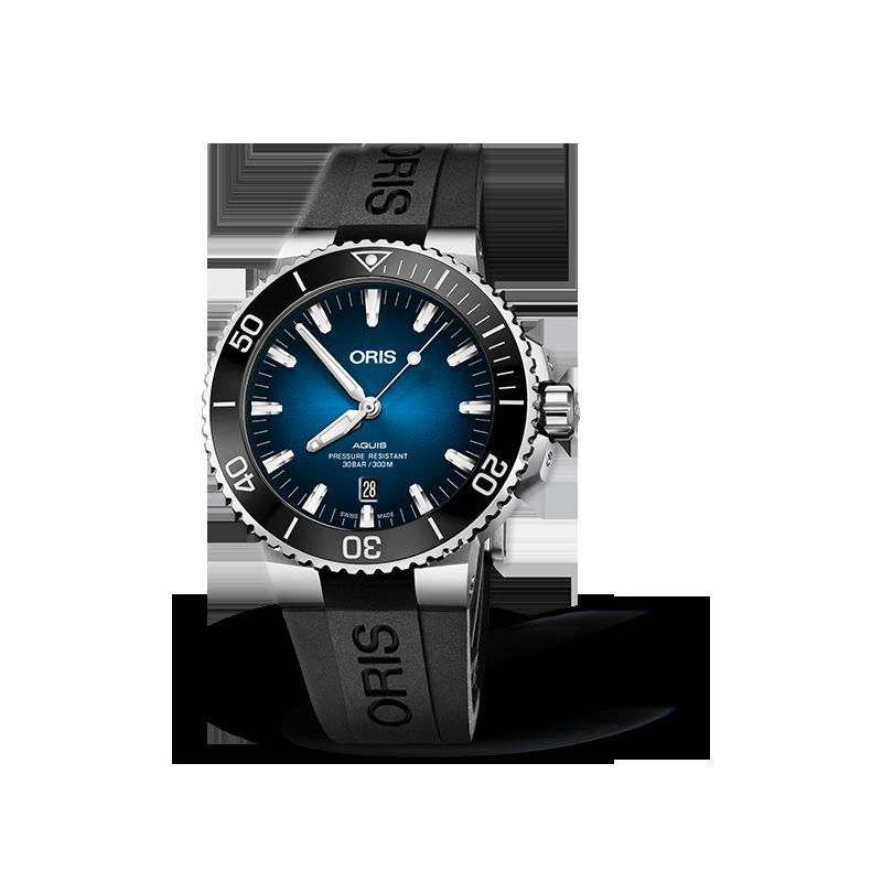 Oris - Aquis Clipperton med gradient blå urtavla. Limiterad Upplaga 2000 styck 733 7730 4185-Set RS