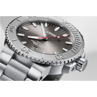 Oris - Aquis Date Relief Steel Bracelet