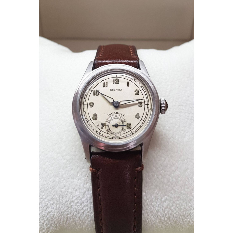 PRE-OWNED Regatta Vintage Ladies Watch 29 mm